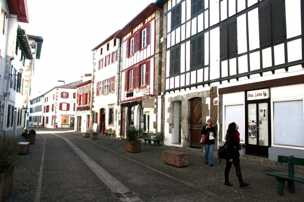 wandering the streets of espelette